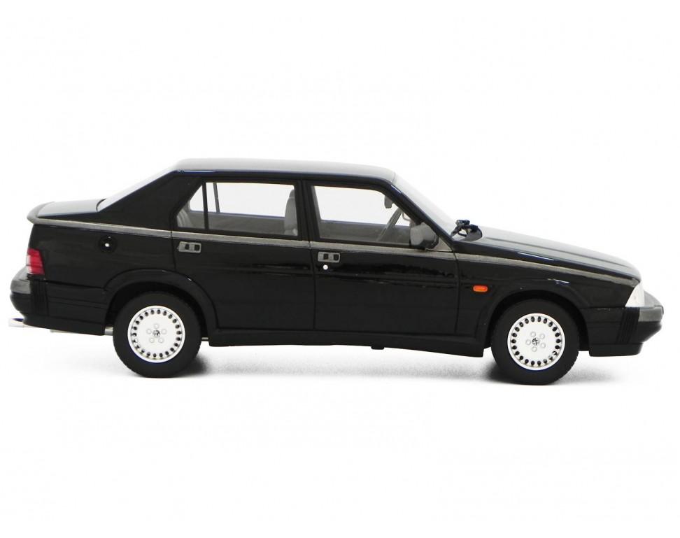 Alfa Romeo Alfa 75 1 8 Turbo Q V 1988 Model Car 1 18 Laudoracing