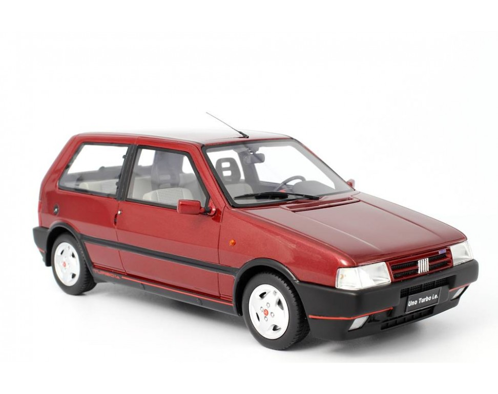 Fiat Uno Turbo Serie Mk Lm C on Red Fiat Uno Turbo
