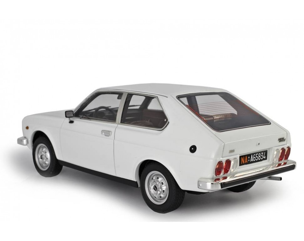 Fiat 128 3p 1100 1975 1 18 Lm106e Model Car 1 18 Laudoracing