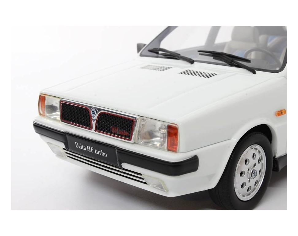 https://www.laudoracing-models.com/5046-thickbox_default/lancia-delta-1600-hf-turbo-ie-r86-3-serie-1986-118.jpg